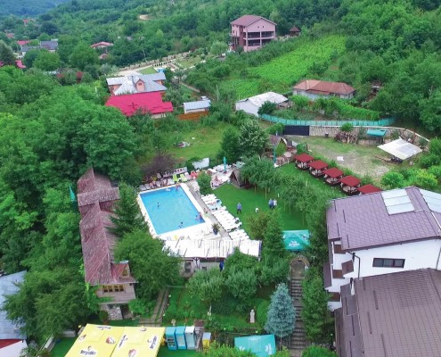 Caprice Monteoru Complex